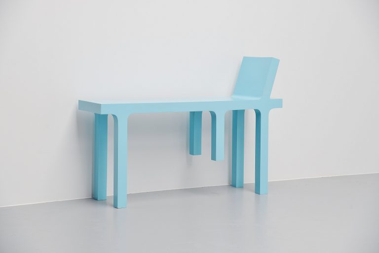 Huib Muilwijk chair in table Holland 2005