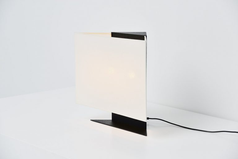 Cini Boeri Accademia table lamp Artemide Italy 1978