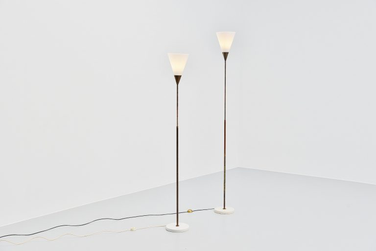 Giuseppe Ostuni 339 adjustable floor lamp Oluce 1950