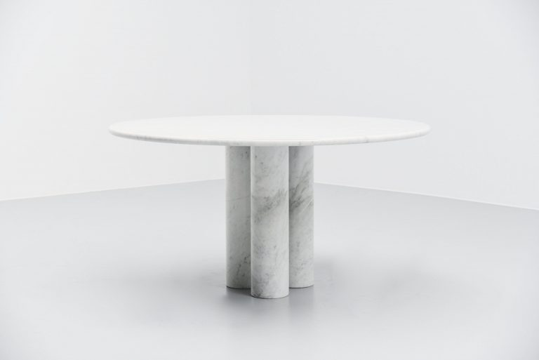Marble dining table in the manner of Mario Bellini Italy 1970