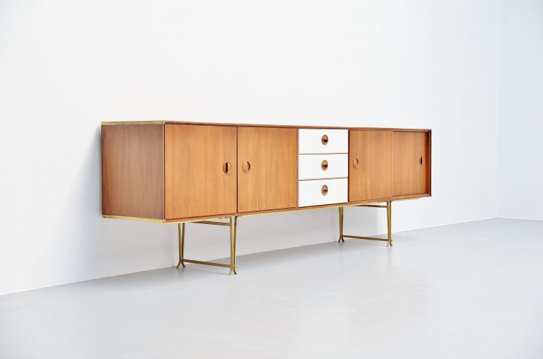 William Watting long sideboard Fristho Franeker 1954