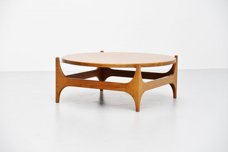 Oak round floating coffee table Denmark 1965