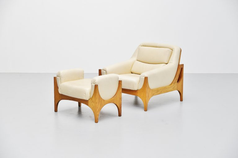 Lounge chair set in oak and leather Denmark 1965