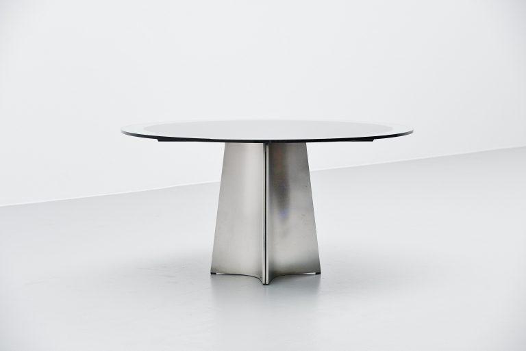 Luigi Saccardo Ufo dining table Arrmet Italy 1972