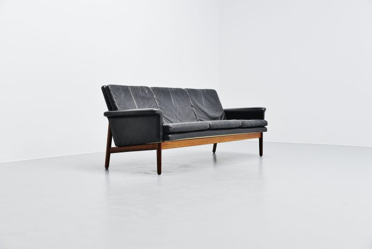 Finn Juhl Jupiter sofa France and Son Denmark 1965 black